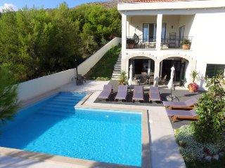 5 bedroom Villa in Trogir, Splitsko-Dalmatinska Zupanija, Croatia : ref 5037831