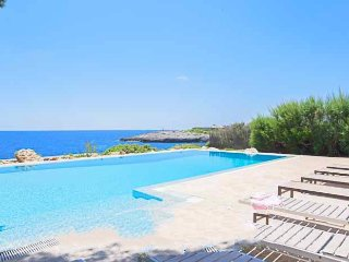 6 bedroom Villa in Cala d'Or, Balearic Islands, Spain : ref 5000869