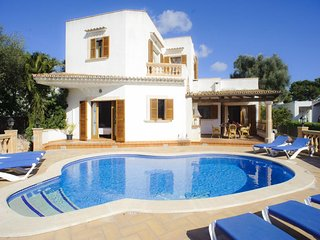 5 bedroom Villa in Cala d'Or, Balearic Islands, Spain : ref 5000755