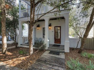 Luxe Cottage - Experience Rustic Modern Luxury in Rosemary Beach!!