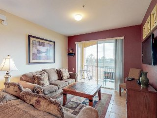 Family-friendly Disney area retreat with shared pool, hot tub, tennis, and more!