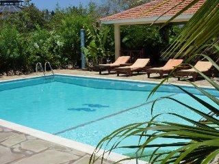 Niro Paradise House - Kusyombunguo Hotels Ltd