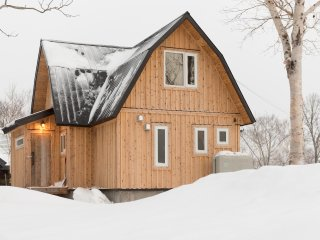 Niseko Backcountry Onsen Cabin