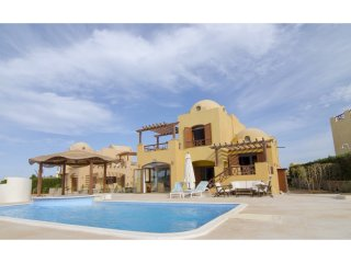 3 bedrooms villa for short rent in El Gouna