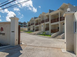 Luxury 2BR Pool/Beach/Security Montego Bay #3