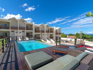 Luxury 2BR Pool/Beach/Security Montego Bay #1