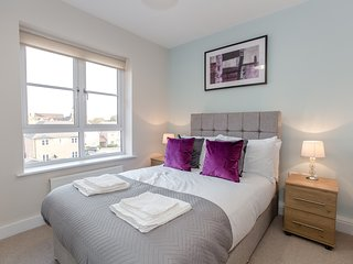 Colchester Brook Apartment by PLL – Fully Serviced Apartment