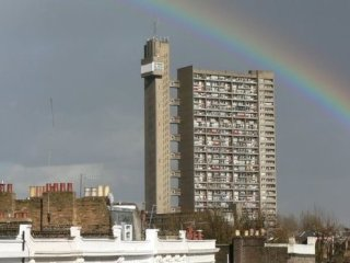 1-bed flat in Trellick Tower with stunning views