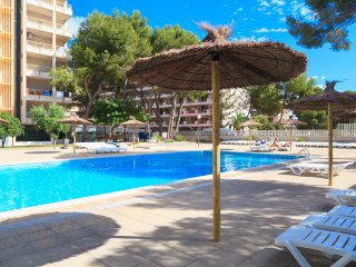 UHC  PACIFIC 048: Comfortable, small apartment, totally refurbished, in Salou !!