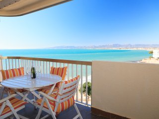 SOROLLA 041: Modern and comfortable apartment with fantastic sea view in Salou !