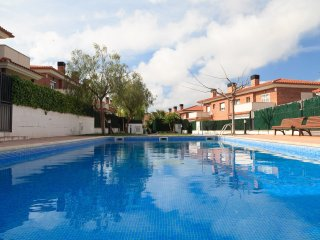 CASA SALOU GREEN 023: Modern house in Cap Salou, in a quiet residential area !
