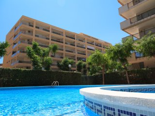 UHC RESIDENCIAL 5 VILLAS 179: Nice apartment in La Pineda The beach is only 175