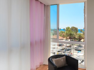 ALEXIS 130: Excellently situated apartment, on the main boulevard of Salou.
