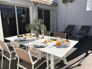 Penthouse-Loft Torres de Quart, Wifi+ Smart TV