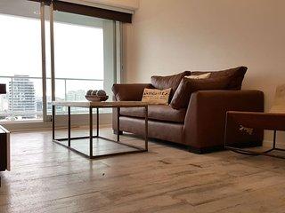 Home Sweet Home, Ultra Luxury! Balcony, gym & Pool