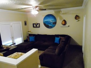 centrally located 3 bedroom 1 bath house in safe friendly neighborhood
