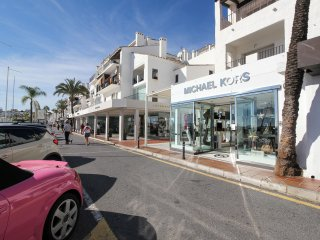 Second Line Puerto Banus Apartment