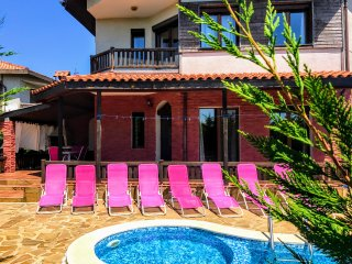 Villa Golf and Relax for 8 people, only 3km from Golf Course.