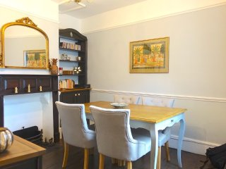 Right in the heart of the Old Town, beautiful historic 3 bed Town House