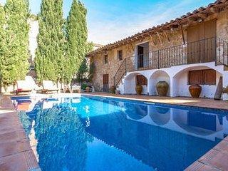 Apartamento en casa senorial en el centro de Alaro con piscina