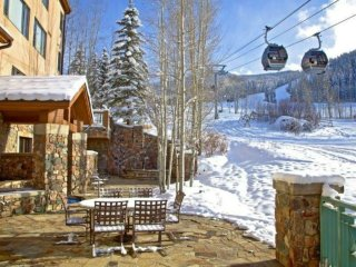 Slopeside 19 - 3 Bedrooms, 4 Baths, (Sleeps 8)