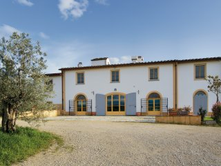 Villa Oliveto - 5 bedrooms with private outdoor pool and multiple entertaining s