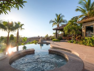 Cielos 86 - 4 bedroom luxury home with private pool, ocean views, and 2 master s