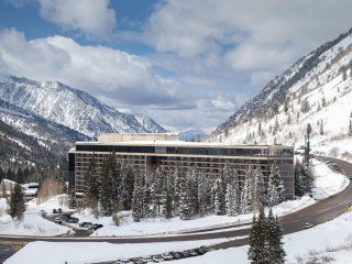 Snowbird/Cliff Club/Ski-in/Ski-out/Private Jacuzzi on balcony/Pinnacle Plus