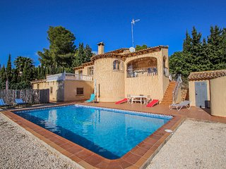 Desig - holiday home with private swimming pool in Moraira