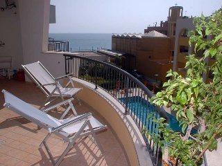 CASA VACANZA MARY ROSA VIRGINIA GALLIPOLI BILO VISTA MARE