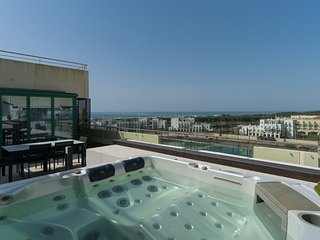 Vilamoura Penthouse Apartment, Ocean View