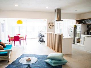 Wonderful apartment on the beach CASA LUV