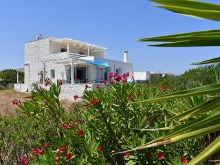 3 bedroom Villa Rondo in Ampelas with amazing sea views!