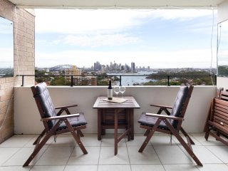 Perfect NYE Harbour Views, Hip 3-Bedroom unit