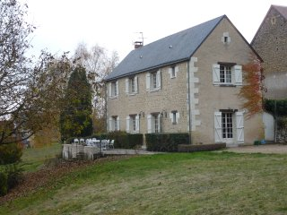 La Belle Etoile-Detached House in One Acre of Garden and Woods with a Pool