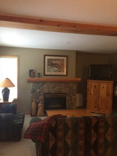 Fernie Stone Creek- 2 bedroom with private hot tub