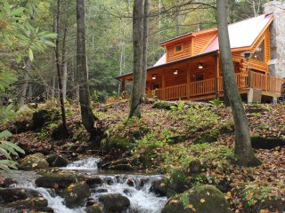 Cozy Creek Cabin - Private North Carolina Blue Ridge Mountain Creekside Hideaway