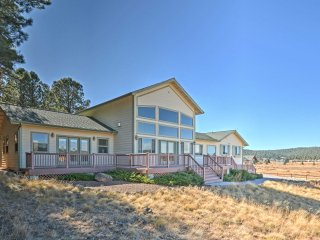 NEW! 4BR Flagstaff House w/ Humphrey's Peak Views!
