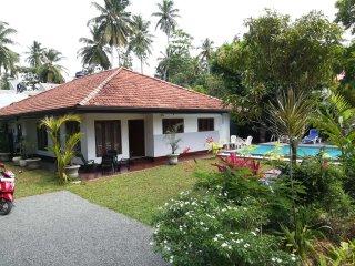 JayaVilla 4 AC BR Holiday Villa
