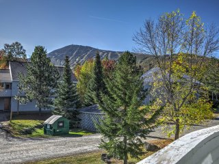 NEW! Cozy 2BR Ski-in/Ski-out Sugarloaf Condo!