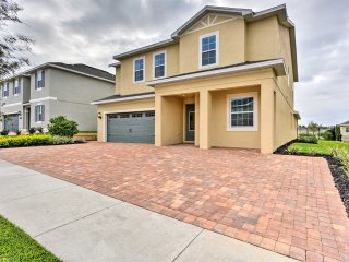 Kissimmee Home w/Private Pool - 15 Min. to Disney!