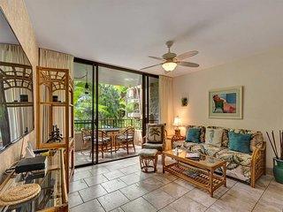 Tropical Views+Decor! Upgraded Kitchen, WiFi, Flat Screens, Lanai–Paki Maui 122
