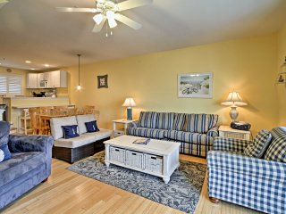 Midtown Ocean City Townhome - 1 Block to Beach!