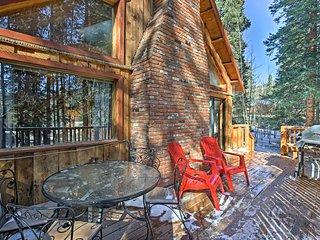 Alma 'Cloud 9 Cabin' w/ Fireplace & Wooded Views!
