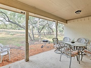 New! Central 4BR Spring Branch Hill Country Home