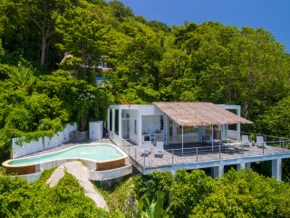 Villa Ana - view on Nang Yuan islands, private pool, large sun deck