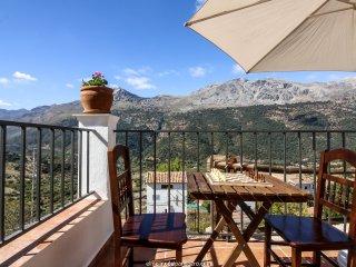 Casa Recentar: Terraza valle del Guadiaro y Parque Natural Sierra de Grazalema