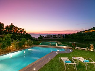 Luxury VILLA SOLARIS with wonderfull sea view.