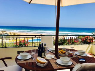 Paradise Beach - stunning views  - T2 with beach, pool and terraces
