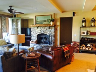 Elegant and Luxurious Open Plan Living -The Lodges in Snowcreek Mammoth Lakes